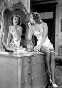 Ann-sheridan dressing table