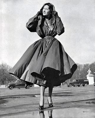 balenciaga_1950raincoat