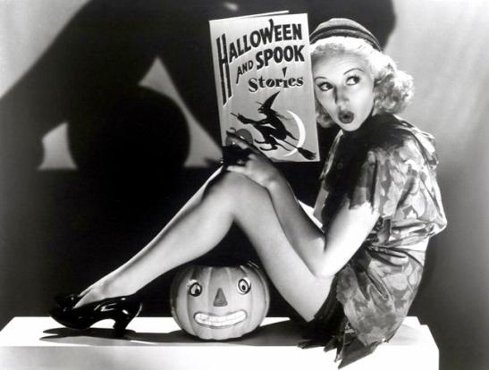 halloween-pin-ups-023